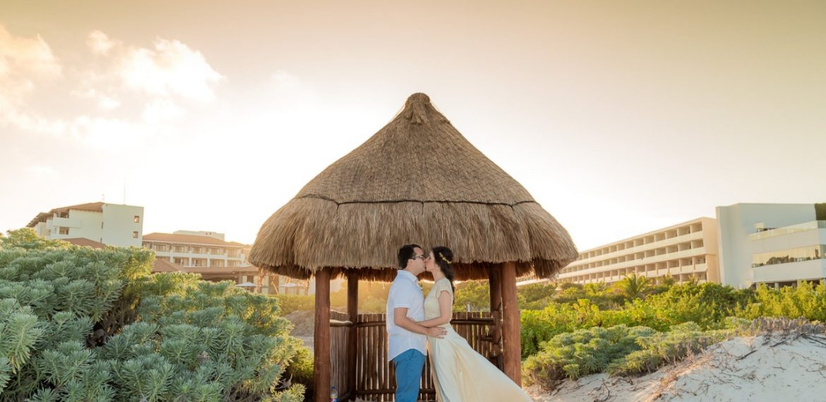 E-BOOK DESTINATION WEDDING